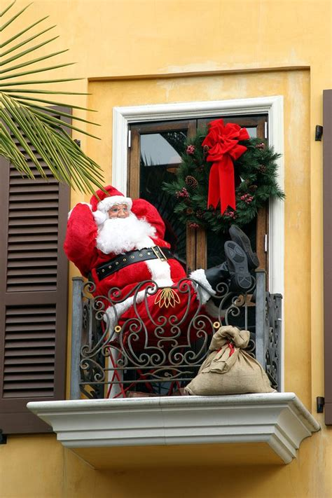 apartment patio christmas decorating ideas decorate apartment balcony bestapartment 2018