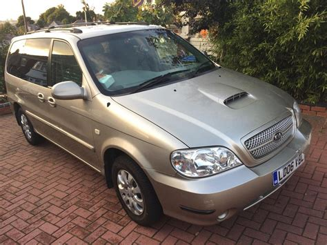 Kia Sedona 7 Seater 2006 Kia Sedona Diesel 7 Seater 2 9 Outside Black Country