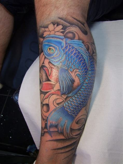watercolor tattoo oberösterreich blauer koi fisch wade t 228 towierung tattoovorlage