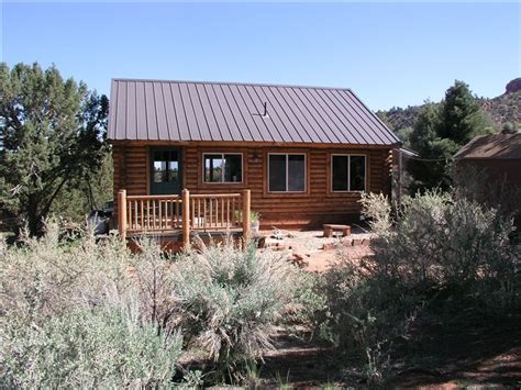 Grand Cabin Rentals by Grand Cabin In Kanab Vrbo