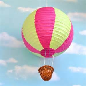 How To Make An Air Balloon Out Of Paper - oltre 25 fantastiche idee su carta da parati cameretta