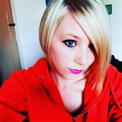 ways to style asymmetrical hair 22 ways to wear inverted bob hairstyles bob hairstyles