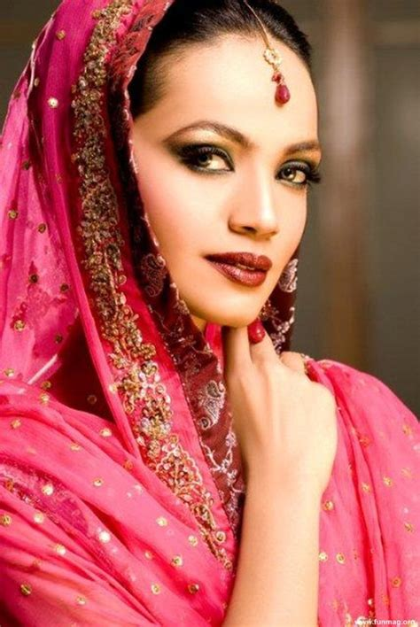 practically teaches us pakistani hair style 1st name all on people named amina songs books gift