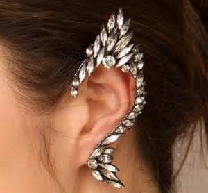 ear cuffs on both ears cool accessories to flaunt ear cuffs paperblog