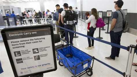 tsa help desk phone number tsa boosts number of security staff aiming at airport