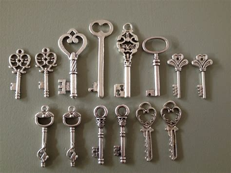 keys to the castle skeleton keys 14 x antique by