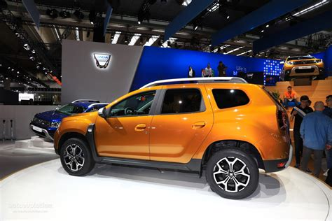 renault duster 2018 2018 dacia duster commercial will make you sing along too