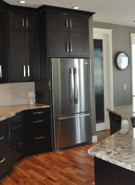 black kitchen cabinets what color on wall black cabinets cabinets and dark cabinets on pinterest