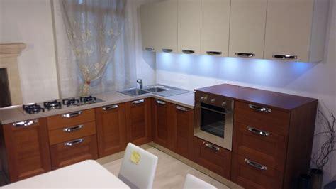 cucine in ciliegio cucina zanotto zecchinon moderno legno ciliegio cucine a