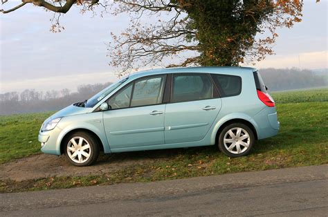 renault cost renault grand scenic estate 2004 2009 running costs