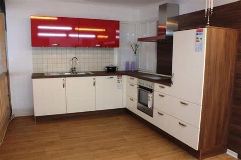 große küchen günstig design bett