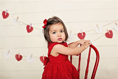 What Is A Bow Window valentine mini studio sessions northern virginia children