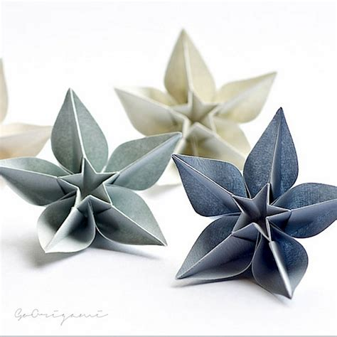 Origami Ornaments - picture of diy origami ornaments