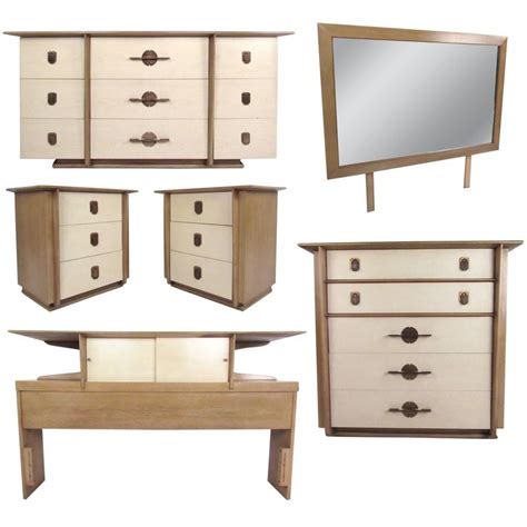kent coffey bedroom furniture kent coffey quot the park avenue quot bedroom set for sale at 1stdibs
