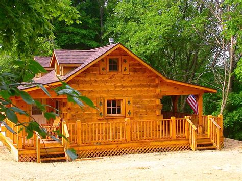 Cabins To Rent In Iowa by Hunters Hollow 2 Bedroom Log Cabin Iowa Cabin Rentals