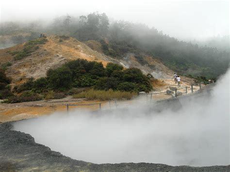 ini dia 5 tempat wisata di wonosobo yang wajib dikunjungi 5 tempat wisata di dieng wonosobo yang wajib dikunjungi