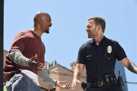 damon wayans on lethal weapon lethal weapon reveals new look at seann william scott as