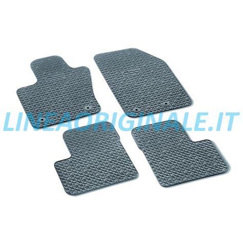 tappeti con logo kit 4 tappetini originali fiat 500x con logo linea originale