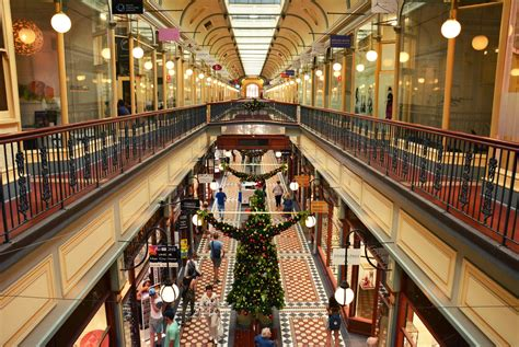 where are the best christmas decorations in adelaide