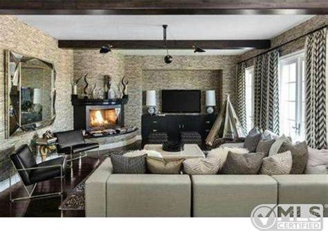 Dining Room Sets For Sale by Kourtney Kardashian Lists Boldly Decorated Home For 3 499