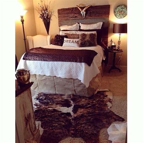 cowhide rug in bedroom best 25 cowhide rug decor ideas on cowhide