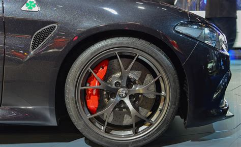 alfa romeo giulia rims 2017 alfa romeo giulia quadrifoglio cars exclusive and photos updates