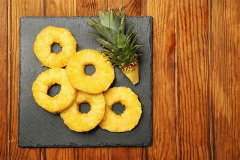 come presentare l ananas a tavola guide di cucina