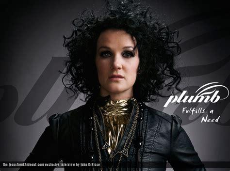 Plumb The Singer by Cumplenhoy Plumb