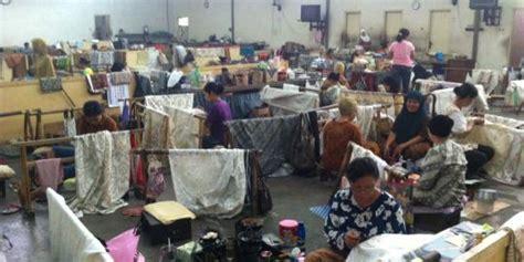 Batik Danar Hadi Di Semarang mengintip pembuatan batik tulis danar hadi di merdeka