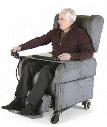 poltrone grandi poltrona per disabili e anziani con ruote grandi
