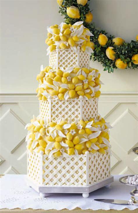 Lemon Wedding Cake – Lemon wedding cake! Yellow and grey wedding colours