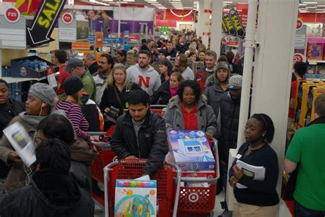 what is best stores on black friday get christmas decrerctions target best buy opening earlier to thanksgiving day shoppers minnesota radio news