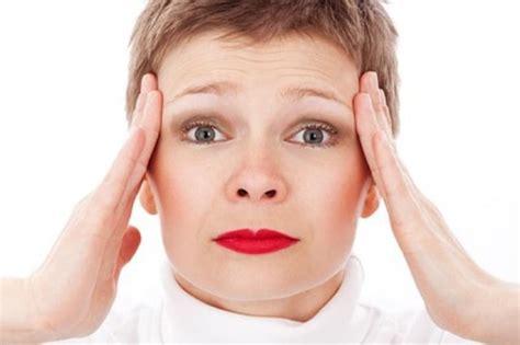 mal di testa ciclo mestruale 10 frasi da non dire alla propria fidanzata quando ha il