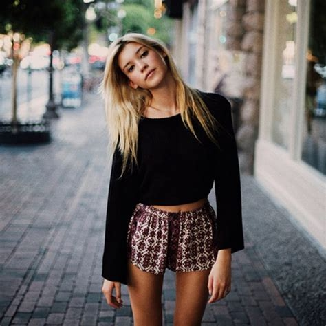 small teen 101 beautiful crop top outfits for girls with great taste