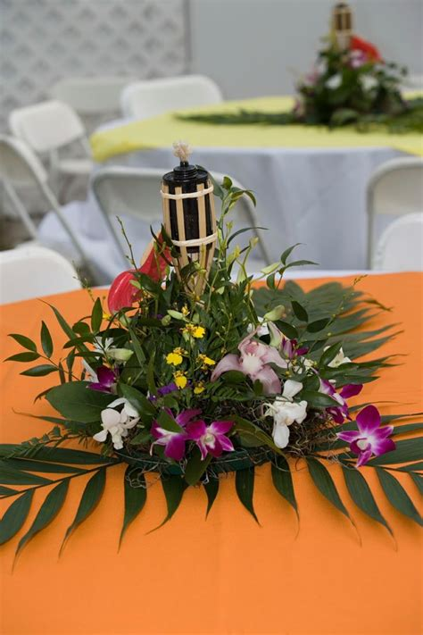 hawaiian theme wedding reception hawaiian themed wedding reception centerpieces and mini tiki
