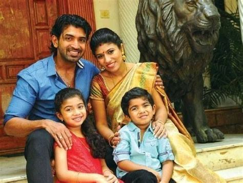 tamil actor vijay family hd photos actor arun vijay family photos celebrities pinterest