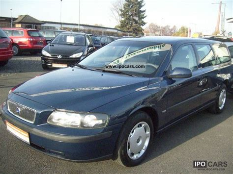 how to learn about cars 2003 volvo v70 windshield wipe control 2003 volvo v70 d5 comfort car photo and specs