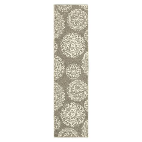 Shaw Living Medallion Area Rug Zip Barstool White 29 Runners Gray And Rugs