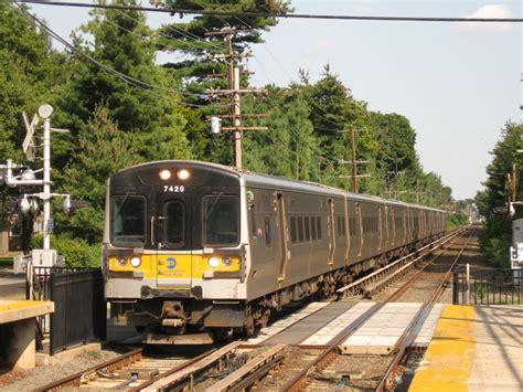 Garden City Ny Lirr Parking M7 Electric Unit Railcar