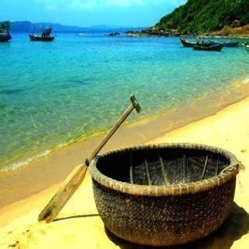 small boat vietnam bamboo coracle small boat in vietnam buy small outboard