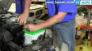 Battery For 2002 Hyundai Elantra How To Install Replace Change Battery 2001 06 Hyundai