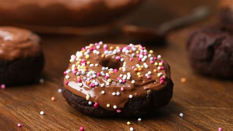 Simply Handmade Chocolates - easy chocolate doughnuts gluten free healthy