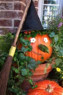 Halloween Fall Decorating Ideas Fun Halloween Decorating Ideas Hooked On Houses
