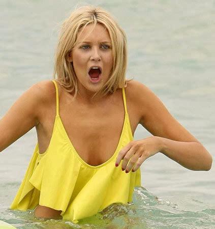 stephanie abrams bathing suit stephanie pratt went to a beach in san diego moejackson