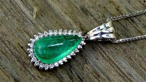 cadena de oro blanco colombia cadena y colgante en oro blanco con diamante y esmeralda