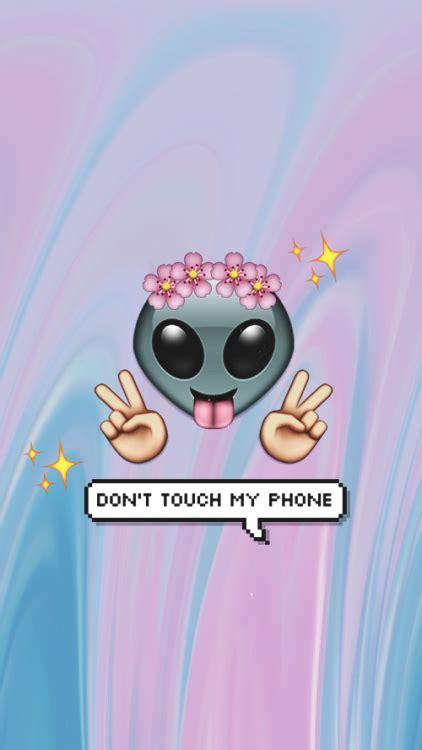 wallpaper emoticon iphone cute emoji wallpapers for iphone wallpapersafari