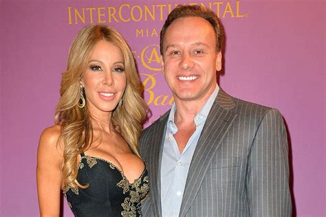 how tall is lisa hochstein pregnant lisa hochstein reveals her pregnancy and surrogacy