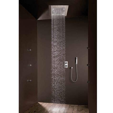 doccia pioggia bossini soffione doccia design moderno con getto pioggia e