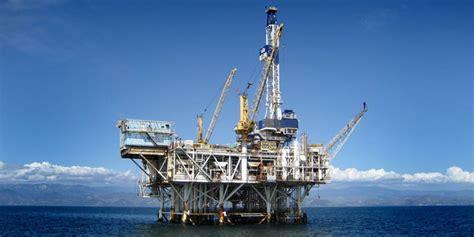 Minyak Nilam Makassar Hari Ini harga minyak dunia naik hari ini usai produksi amerika