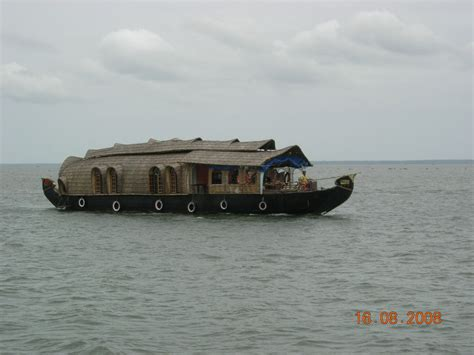 kumarakom boat house package kumarakom boat house 28 images 5 different kumarakom houseboats kumarakom hotels